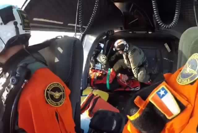 Armada de chile realiza rescate en altamar