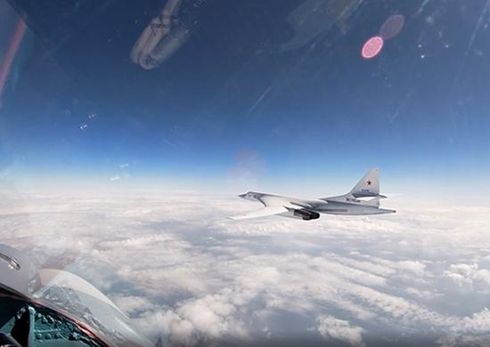 Dos TU-160 Realizaron operaciones en el mar Báltico
