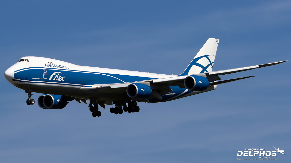 Volga-Dnepr demanda a Boeing por no entrega de cuatro 747-8 Freighter