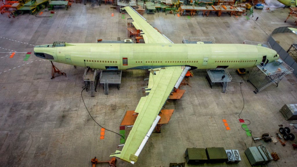 Primer IL-96-400M se Encuentra en la Etapa Final de Ensamblaje.