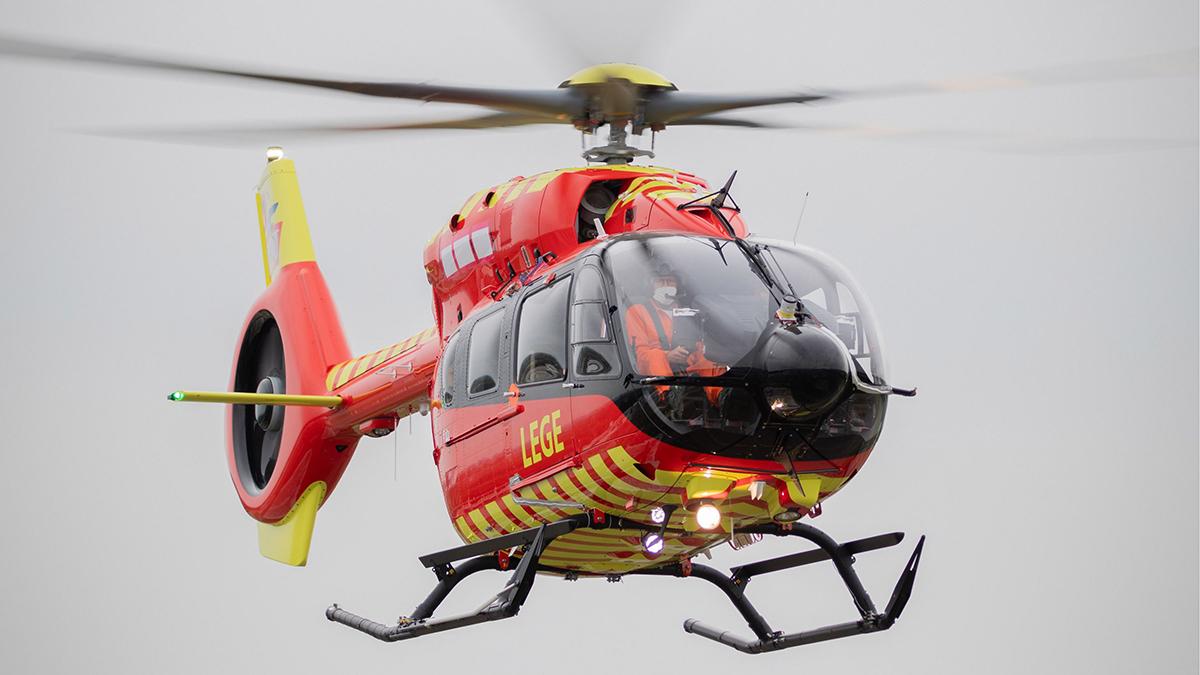 Norwegian Air Ambulance Foundation recibe el primer helicóptero Airbus H145 de cinco palas