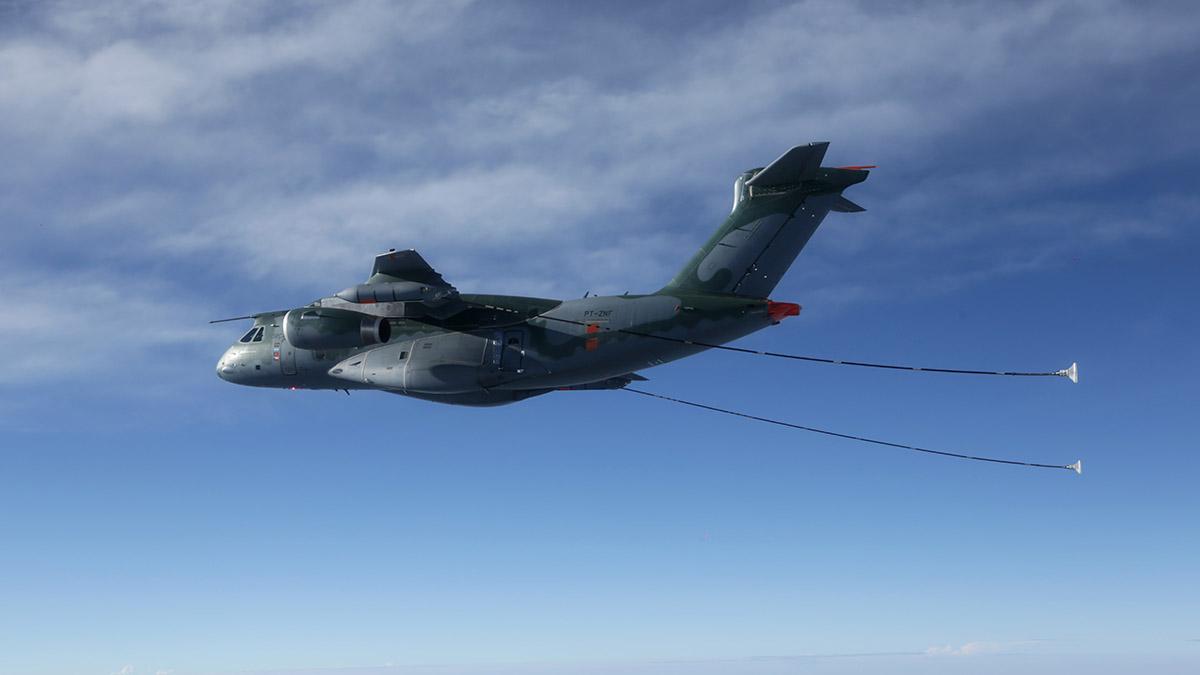 EMBRAER y el Gobierno Húngaro firmar la adquisición de dos KC-390 Millennium